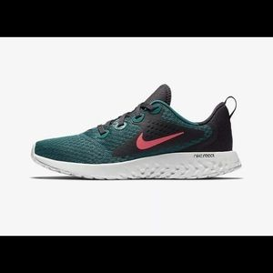 NEW Youth Nike Legends React (GS) Running Shoes